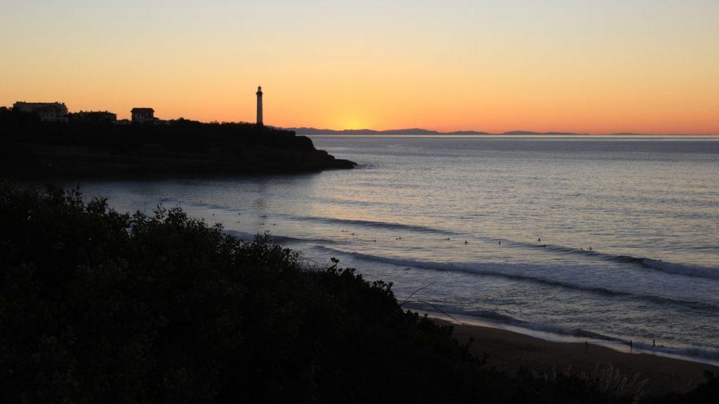 La plage des Sables d'Or à Anglet dans le pays Basque